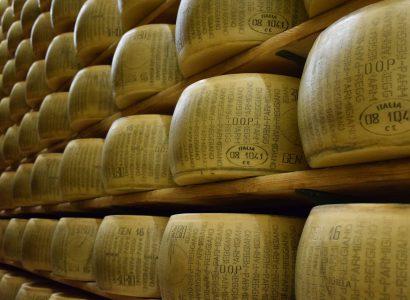 Parmigiano Reggiano, magyarul parmezán. Forrás: Pixabay