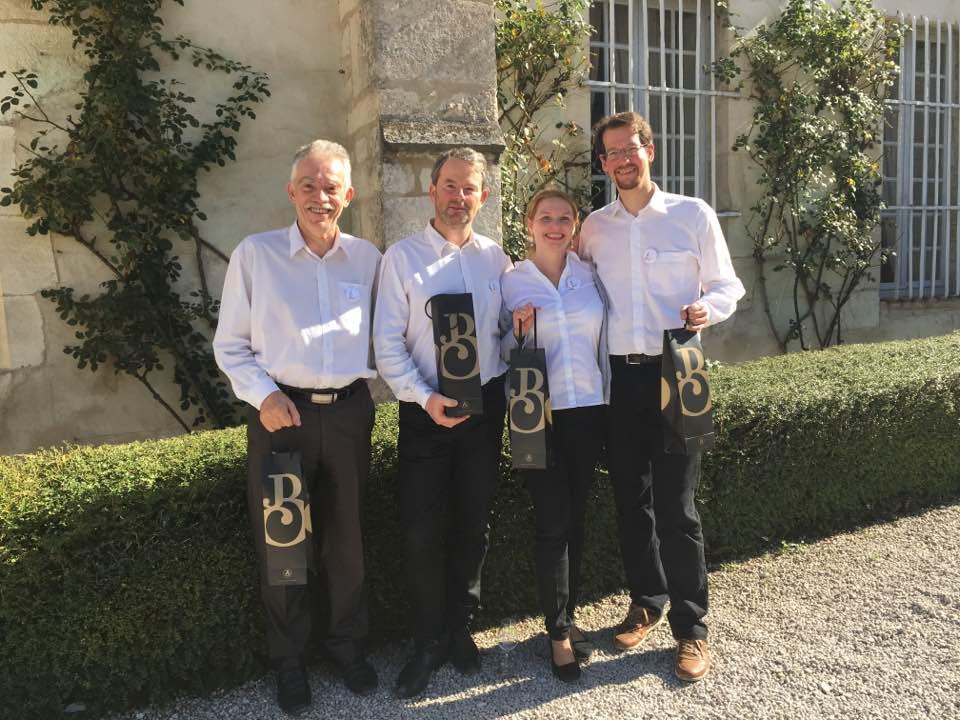 A borfelismerő-világbajnokság magyar csapata: Didier Sanchez, Aranyos Attila, Rabcsánszky Laura és Molnár Levente